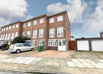Thumbnail 3 bed town house for sale in Inca Drive, London