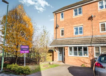 Thumbnail 3 bed town house for sale in Alconbury Close, Borehamwood