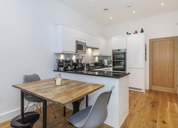 3 bed terraced house to rent in Providence Place, London SE10