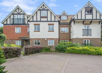 Thumbnail 2 bed flat to rent in Lynton House, Oxted, Surrey