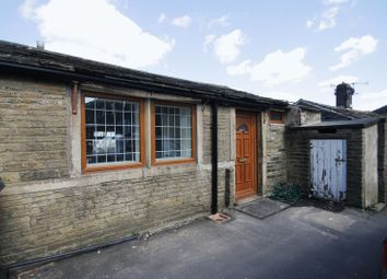 1 bed property for sale in Lea Court, Old Road, Bradford BD7