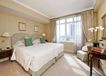 Thumbnail 4 bed flat to rent in Park Lane, London