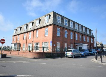 Thumbnail 2 bedroom flat for sale in Summerleaze Crescent, Bude
