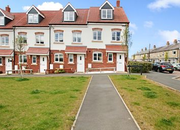 Thumbnail Property for sale in Heckford Road, Great Cornard, Sudbury