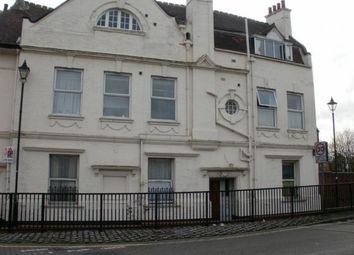 Thumbnail 3 bedroom flat to rent in Northam Road, Bargate, Southampton