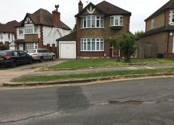 3 bed detached house to rent in Edenfield Gardens, Worcester Park KT4