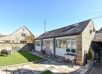 Thumbnail 6 bed detached house for sale in Station Road, Brize Norton