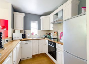 2 bed maisonette to rent in Windmill Rise, North Kingston, Kingston Upon Thames KT2