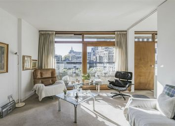 Thumbnail 1 bed flat for sale in Thomas More House, Barbican, London