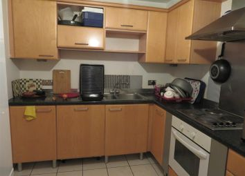 Thumbnail 1 bed property to rent in Langdon Road, Bromley