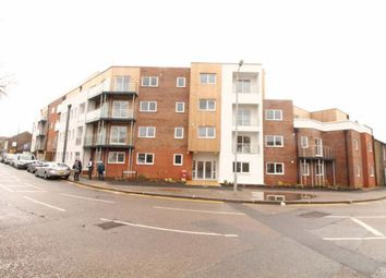 Thumbnail 2 bed flat to rent in Dudley Street, Luton