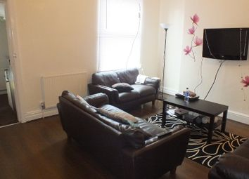 Thumbnail 6 bedroom terraced house to rent in Richmond Mount, Leeds