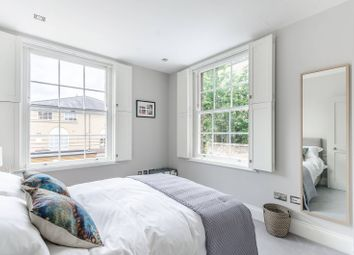 Thumbnail 2 bed flat to rent in Heathfield Terrace, Turnham Green