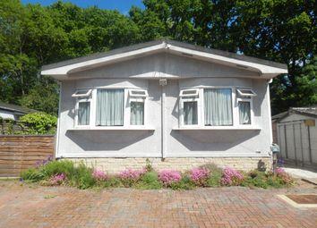 Thumbnail 2 bedroom mobile/park home for sale in Pebble Hill, Radley, Abingdon