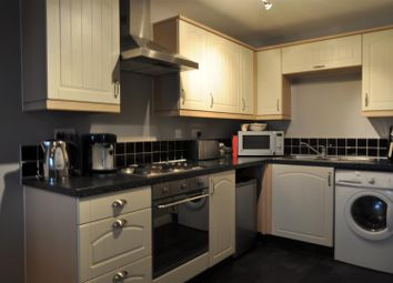 Thumbnail 2 bedroom flat for sale in Cooks Way, Hitchin