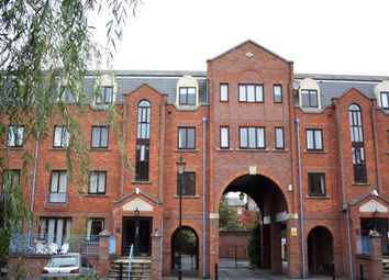 Thumbnail 1 bedroom flat for sale in Greys Court, Sidmouth Street, Reading, Berkshire