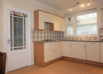 Thumbnail 4 bed detached bungalow to rent in Birchwood Drive, Dartford