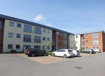 2 bed flat for sale in Wentworth Place, London Road, Berkshire RG42