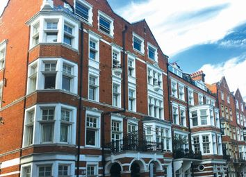 Thumbnail 2 bed flat for sale in Flat 4, 1-2 Embankment Gardens, Chelsea