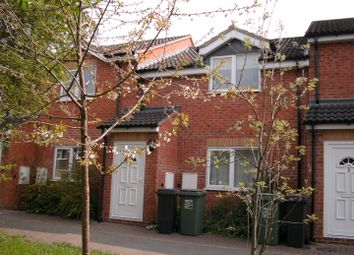 Thumbnail Studio to rent in Glendale Terrace, Well Close, Redditch