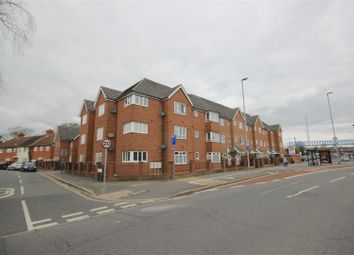 Thumbnail 2 bedroom flat to rent in Hilsea Crescent, Portsmouth