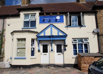 Thumbnail 2 bed flat to rent in High Street, Orpington, Kent