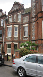 Thumbnail 1 bed flat to rent in Vicarage Road, Cromer