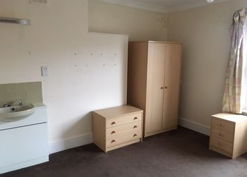 Thumbnail 4 bed shared accommodation to rent in Lime Grove, Shepherds Bush