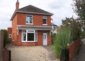 Thumbnail 3 bed detached house to rent in Greenway Crescent, Taunton