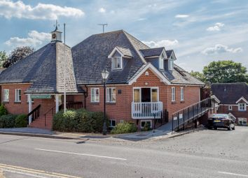 Thumbnail 2 bed flat to rent in Common Road, Chorleywood, Rickmansworth
