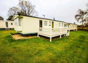 3 bed mobile/park home for sale in Valley Road, Clacton-On-Sea CO15