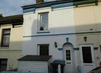 2 bed property to rent in Victoria Street, Dover CT17