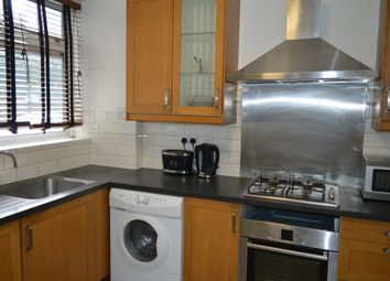 Thumbnail 3 bed town house to rent in Shadwell, London