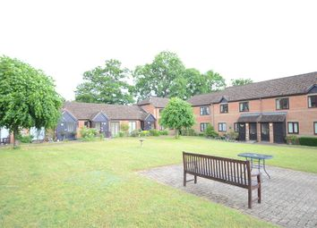 Thumbnail 2 bed flat for sale in Copenhagen Walk, Crowthorne, Berkshire