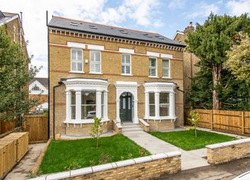 Thumbnail 3 bedroom flat for sale in Edge Hill, Wimbledon