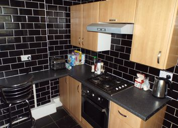 Thumbnail 3 bed flat to rent in Ernest Street, Stepney, Mile End, London