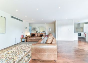 Thumbnail 2 bed flat for sale in Cityview, Lansdowne Lane, Greenwich, London