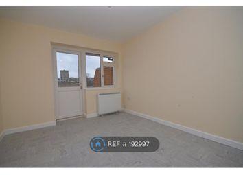 Thumbnail 1 bed flat to rent in Broadwalk, Crawley
