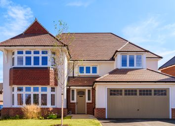 Thumbnail 4 bed detached house for sale in Lodge Park Drive, Evesham