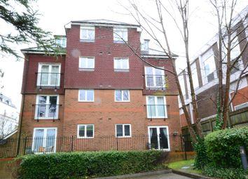 2 bed flat to rent in Culverden Park, Tunbridge Wells, Kent TN4