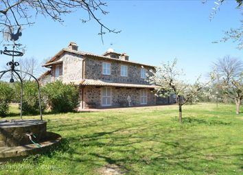 Thumbnail 4 bed farmhouse for sale in Str. Bagnorese, Orvieto, Umbria