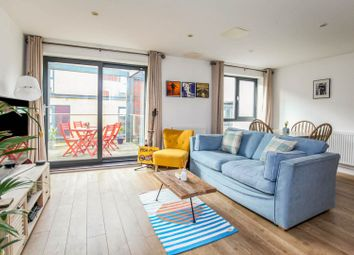 Chiltonian Mews, London SE13. 1 bed flat for sale