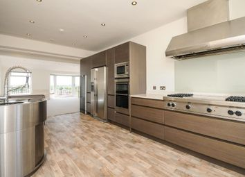 Thumbnail 4 bed flat to rent in Richmond Hill, Surrey