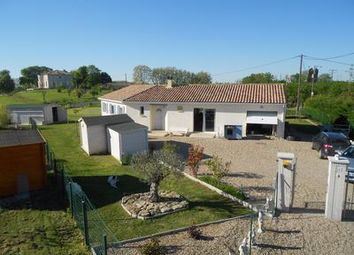 Thumbnail 4 bed villa for sale in Lauzun, Lot-Et-Garonne, France