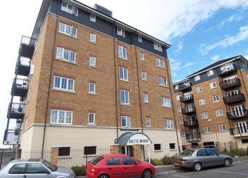 Thumbnail 2 bed flat to rent in Clifton Marine Parade, Gravesend