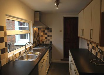 Thumbnail 2 bed property to rent in Cardigan Road, Reading