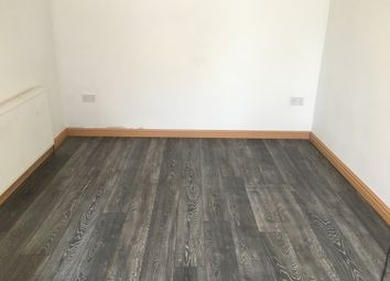 Thumbnail Studio to rent in Viola Avenue, Staines