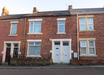 Thumbnail 2 bed flat to rent in Renforth Street, Dunston, Gateshead