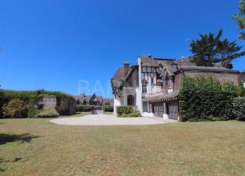 Thumbnail 5 bed villa for sale in Tourgeville, Tourgeville, France