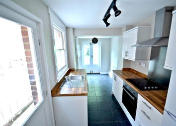 Thumbnail 2 bed end terrace house to rent in Queen Street, Caversham, Reading